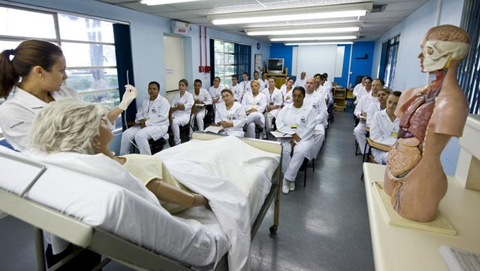 Curso Técnico em Enfermagem Abre 120 Vagas → Cursos Gratuitos SENAC PSG com início no 1º Semestre de 2020.